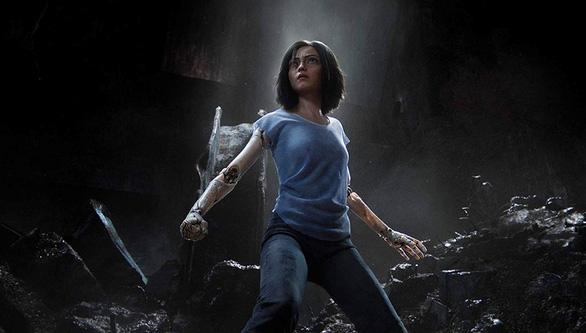 Alita - Thiên thần chiến binh - cỗ máy biết yêu của James Cameron - Ảnh 1.