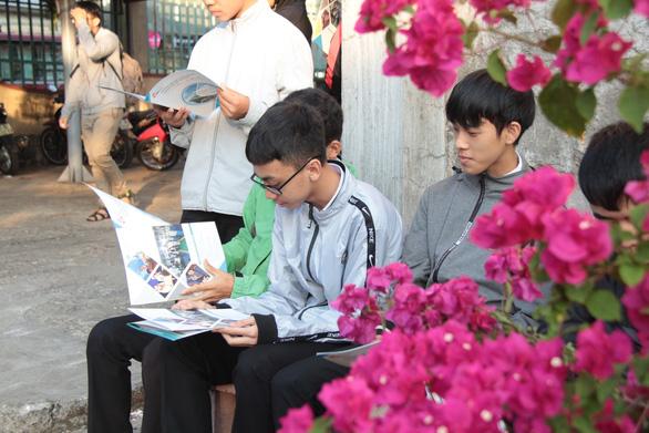 Bắt đầu tư vấn tuyển sinh hướng nghiệp tại Đắk Lắk - Ảnh 8.