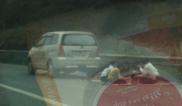 Lần thứ tư xuất hiện hình ảnh ngồi ăn trên cao tốc Nội Bài - Lào Cai - Ảnh 3.