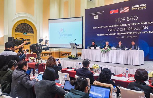Việt Nam có thể là điểm trung chuyển cho du lịch Triều Tiên - Ảnh 2.