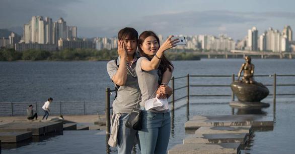 Nở rộ lớp học hẹn hò cho sinh viên Hàn Quốc - Ảnh 1.