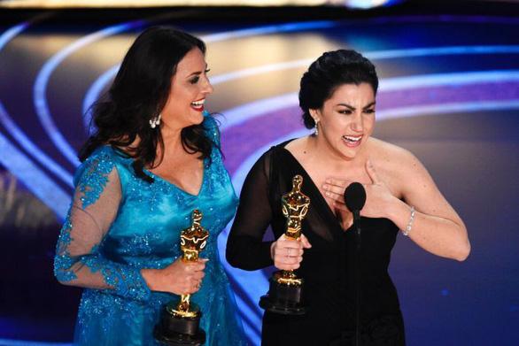 Phim về chuyện nhạy cảm của phụ nữ gây sốt ở Oscar - Ảnh 4.