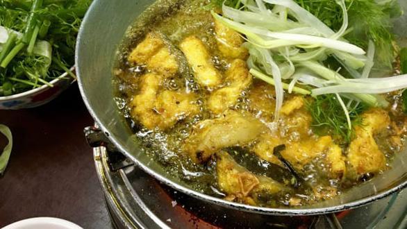 CNN gợi ý 5 món ăn đáng thử hơn cả phở khi đến Hà Nội - Ảnh 1.