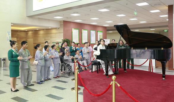 Tiếng dương cầm ở Bệnh viện 108 - Ảnh 4.