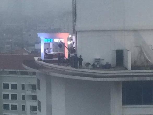 Cách làm báo như phim của truyền hình Hàn ở thượng đỉnh Mỹ - Triều là có thật - Ảnh 2.