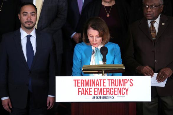 Hạ viện Mỹ thông qua dự luật chặn tuyên bố tình trạng khẩn cấp  - Ảnh 1.