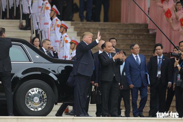 Thủ tướng Nguyễn Xuân Phúc hội kiến Tổng thống Trump - Ảnh 5.