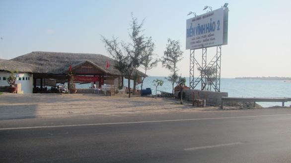 Bình Thuận chỉ đạo làm rõ vụ nhà hàng lấn bờ biển - Ảnh 1.