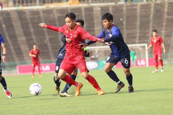 U-22 Việt Nam sẽ đá giao hữu với CLB VfL Wolfsburg của Bundesliga - Ảnh 1.
