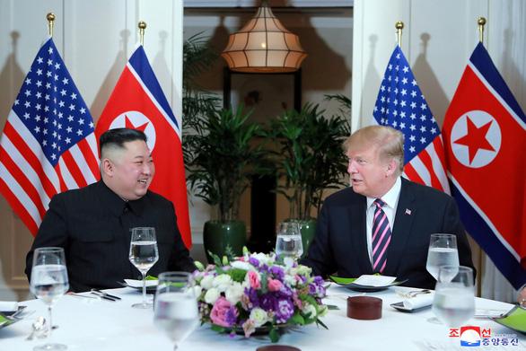 Báo Triều Tiên: Hai ông Trump - Kim đã thảo luận sâu và chân thành - Ảnh 2.