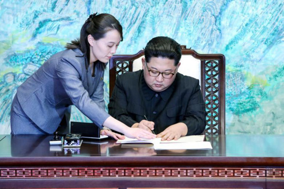 Bí ẩn cô em gái của ông Kim Jong Un - Ảnh 6.