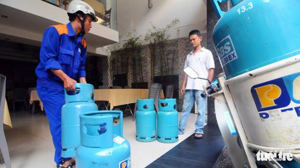 Giá gas tăng lần thứ 3 liên tiếp, thêm 17.000 đồng - Ảnh 1.