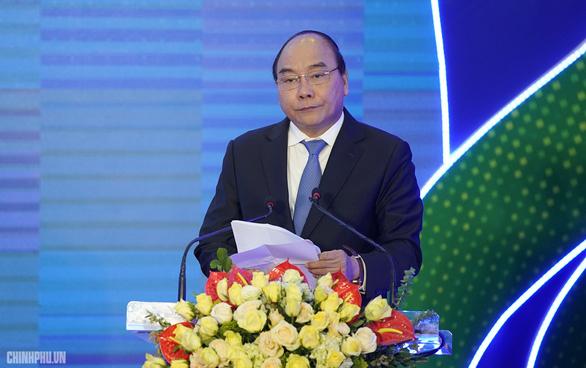 Thủ tướng Nguyễn Xuân Phúc: Mỗi ngày nên đi ít nhất 10.000 bước chân - Ảnh 1.