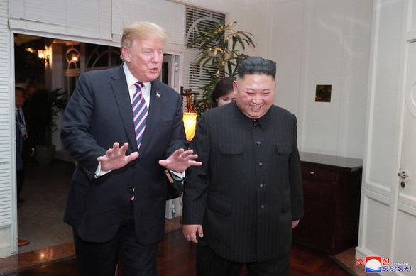 Báo Triều Tiên: Hai ông Trump - Kim đã thảo luận sâu và chân thành - Ảnh 1.