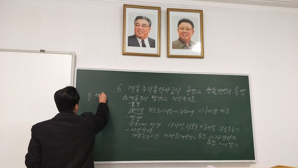 Du học sinh khoe ảnh đi học ở Triều Tiên - Ảnh 3.