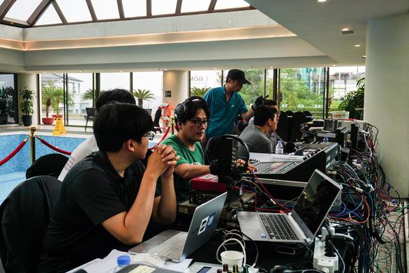 Vào trường quay di động truyền hình Hàn để biết họ chuyên nghiệp cỡ nào - Ảnh 9.