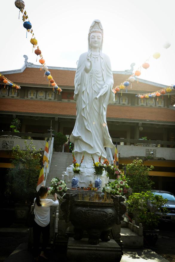 Du xuân ở 4 ngôi chùa cổ kính chốn Sài thành - Ảnh 5.