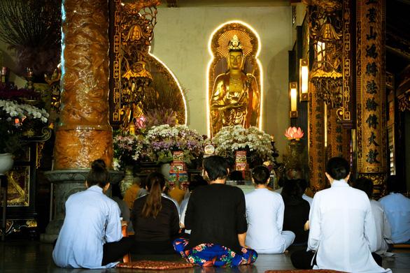 Du xuân ở 4 ngôi chùa cổ kính chốn Sài thành - Ảnh 6.