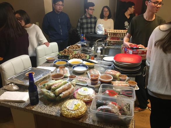 Du học sinh Mỹ, Canada giữa giá rét kỉ lục vẫn ấm nồng Tết Việt - Ảnh 4.
