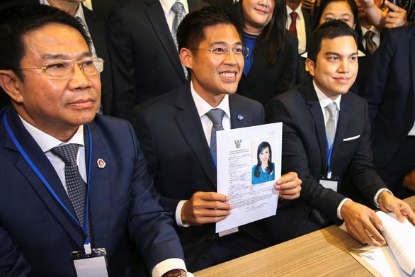 Công chúa Thái Lan ra ứng cử theo đảng thân Thaksin - Ảnh 2.