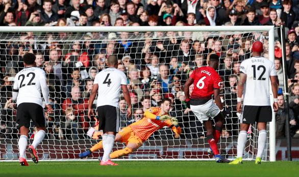 Bất bại trận thứ 9 liên tiếp, M.U tạm đẩy Chelsea khỏi top 4 - Ảnh 2.