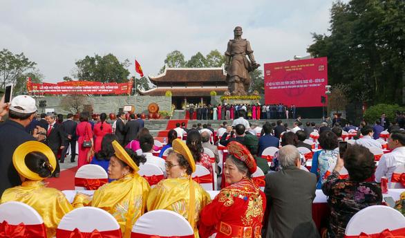 Thủ tướng trao Bằng xếp hạng Di tích Quốc gia đặc biệt Gò Đống Đa - Ảnh 3.