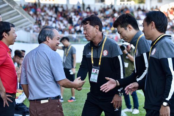 HLV Chung Hae Soung: Chiến thắng hết sức khó khăn cho TP.HCM - Ảnh 1.