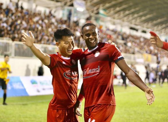 HLV Chung Hae Soung: Chiến thắng hết sức khó khăn cho TP.HCM - Ảnh 2.