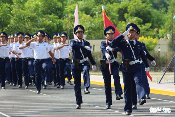Huấn luyện để bảo vệ vững chắc chủ quyền biển đảo - Ảnh 12.