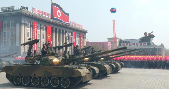 Các lệnh cấm vận Triều Tiên muốn được dỡ bỏ là gì? - Ảnh 2.