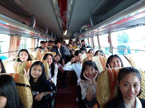 Học sinh miền Tây tựu về Ngày hội tư vấn tuyển sinh tại Cần Thơ - Ảnh 2.