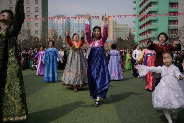 Dân Triều Tiên nô nức đi bầu cử Quốc hội - Ảnh 1.