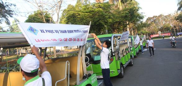 Học sinh miền Tây tựu về Ngày hội tư vấn tuyển sinh tại Cần Thơ - Ảnh 1.