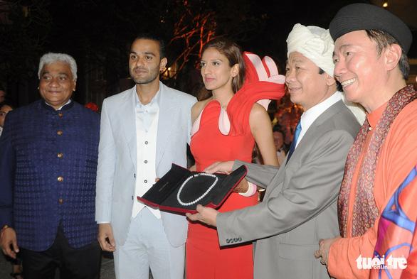 Đám cưới cặp đôi tỉ phú Ấn Độ: Phú Quốc tuyệt vời ngoài sức tưởng tượng - Ảnh 1.