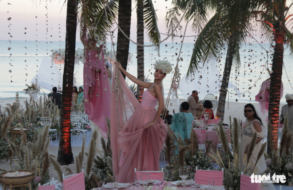 Đám cưới cặp đôi tỉ phú Ấn Độ: Phú Quốc tuyệt vời ngoài sức tưởng tượng - Ảnh 4.