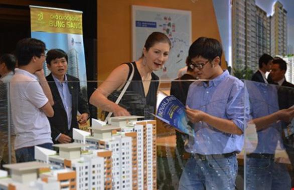 Yêu cầu báo cáo tình hình người nước ngoài, Việt kiều mua nhà ở Việt Nam - Ảnh 2.