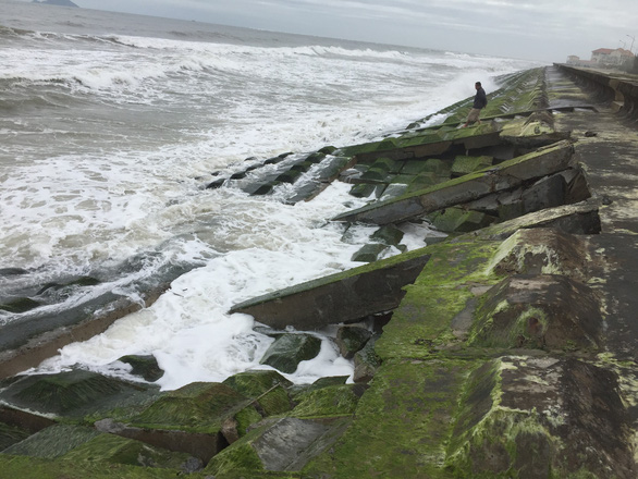 Cồn cát xuất hiện ở biển Cửa Đại là hiện tượng nói đi nói lại hoài - Ảnh 4.