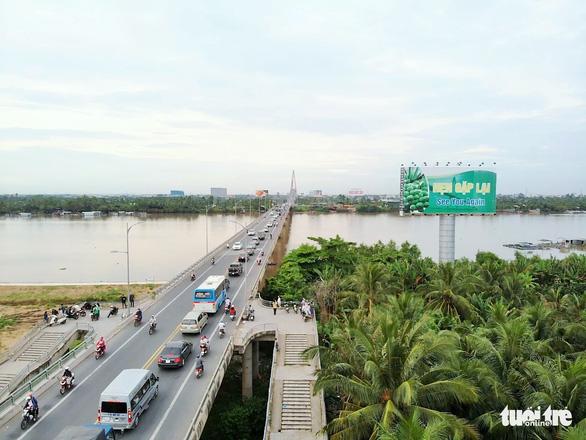 Lại đề xuất dùng vốn ngân sách xây cầu Rạch Miễu 2 - Ảnh 1.