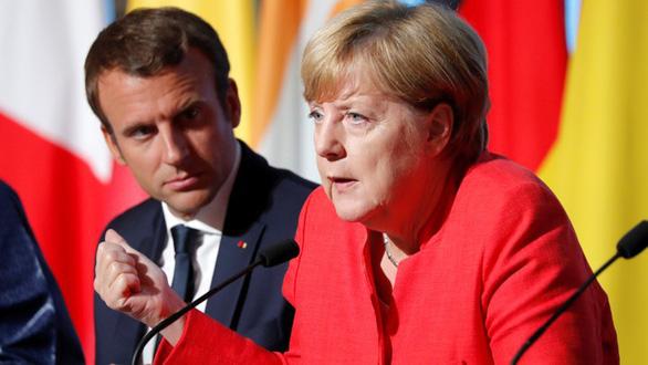 Thủ tướng Đức Merkel ủng hộ ý tưởng siêu hàng không mẫu hạm châu Âu - Ảnh 1.