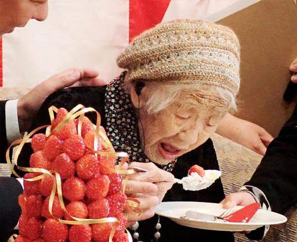 Bí quyết giản đơn của cụ bà Nhật Bản cao tuổi nhất thế giới - Ảnh 1.
