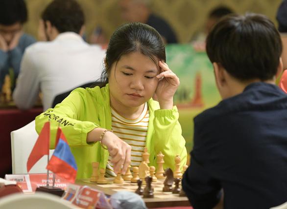 Nữ kỳ thủ Thảo Nguyên cầm hòa nam kỳ thủ Mông Cổ - Ảnh 1.