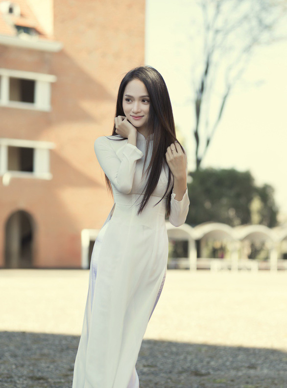 Vừa hết nhiệm kỳ hoa hậu, Hương Giang quay lại với âm nhạc - Ảnh 3.