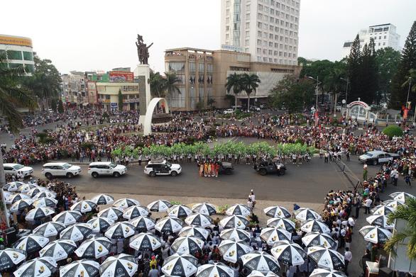 Ấn tượng đặc biệt lễ hội đường phố tại Buôn Ma Thuột - Ảnh 1.