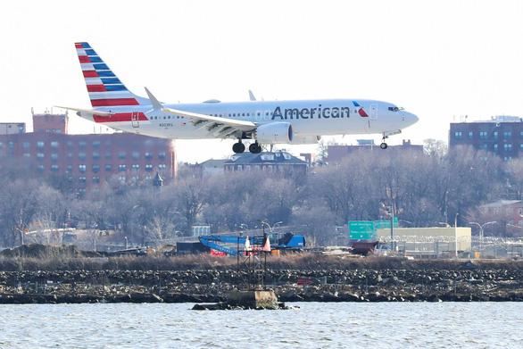Boeing bắt đầu bị đòi bồi thường - Ảnh 2.