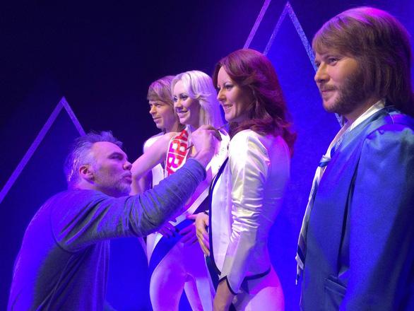 Đến Stockholm, thử giọng làm thành viên thứ 5 của ABBA - Ảnh 1.