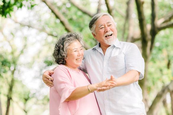 Chubb Life Việt Nam ra mắt sản phẩm bảo hiểm dành cho độ tuổi cao niên - Ảnh 1.