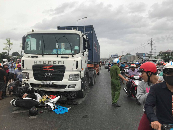 TP.HCM kiến nghị mức phạt tài xế, chủ xe tải nặng phải... nặng hơn - Ảnh 1.