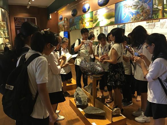 Thi vào lớp 10 tại Hà Nội: Chạy đua ôn...  sử - Ảnh 2.