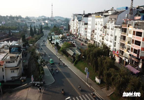 Trung tâm Đà Lạt: Sẽ dỡ bỏ rạp Hòa Bình, di dời dinh tỉnh trưởng - Ảnh 4.