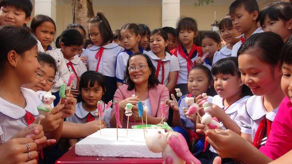 Giúp học sinh có những bữa tiệc trò chơi dân gian - Ảnh 1.